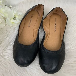 Lucky Brand Black Ballet Flats in Size 38